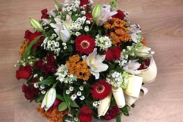 Composition florale pour deuil